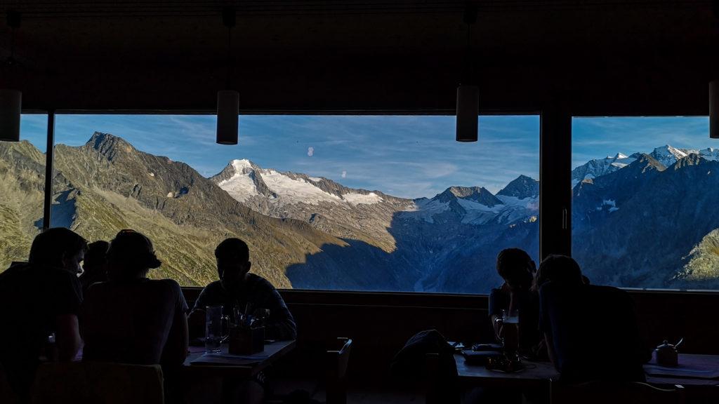 Das Panoramafenster auf der Olpererhütte