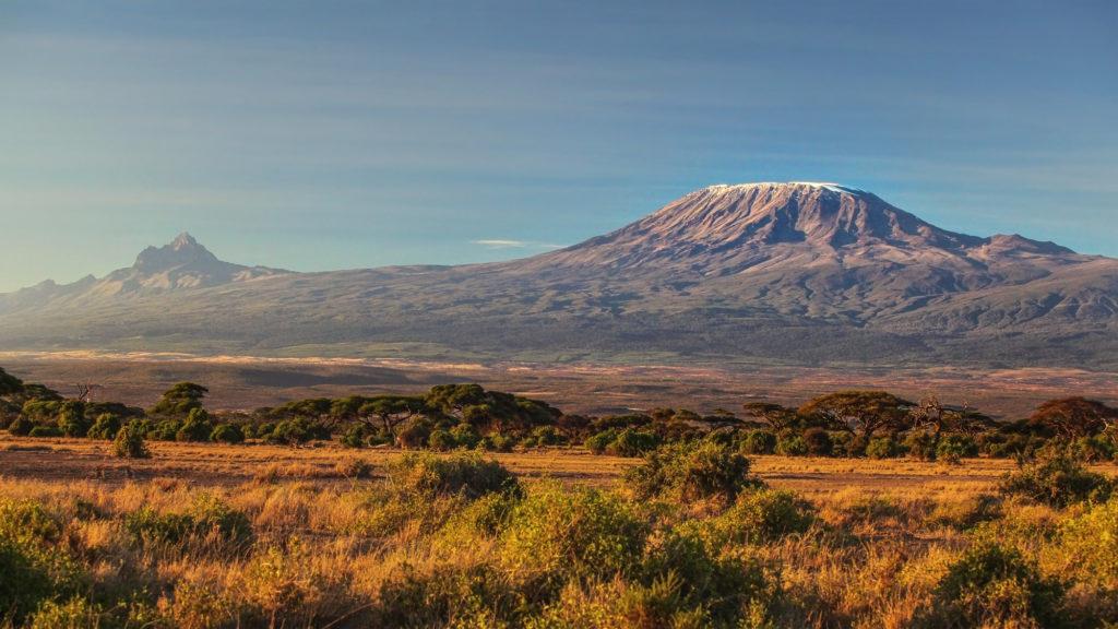 Blick vom Amboseli Nationalpark auf den Kilimanjaro