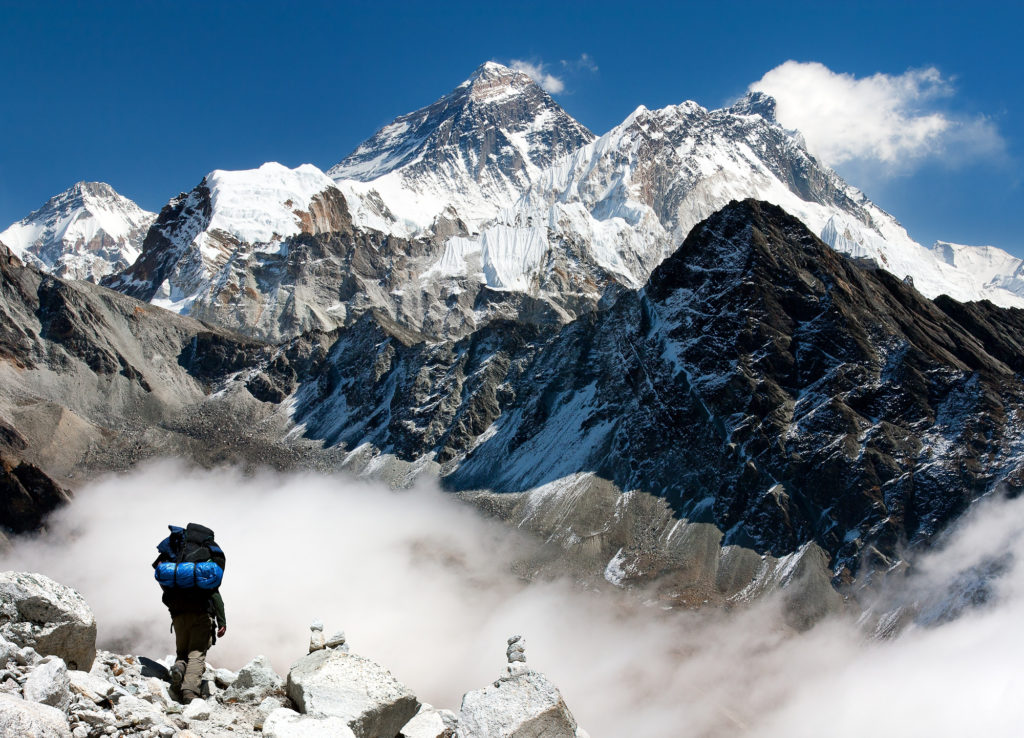Bergsteiger vor dem Mount Everest