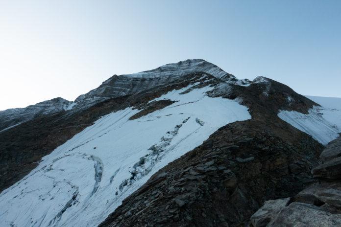 Der erste Blick auf das Große Wiesbachhorn