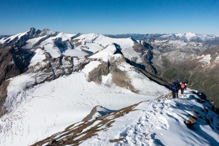 Der Gipfelgrat beim Abstieg