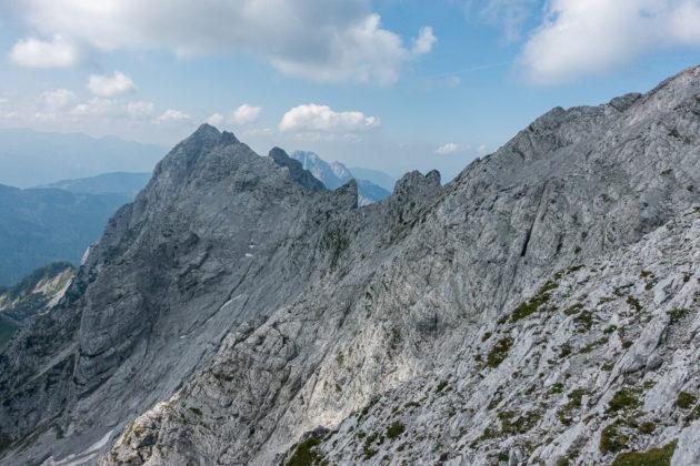 Blick zurück auf den Gipfelgrat des Hochtors