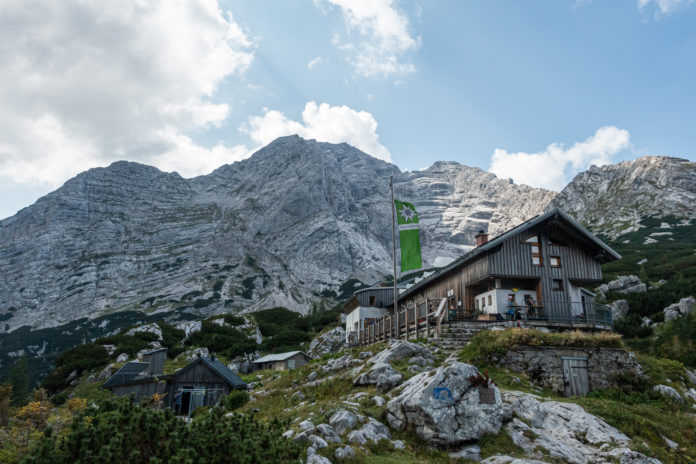 Die Hesshütte und erste Möglichkeit zur Einkehr