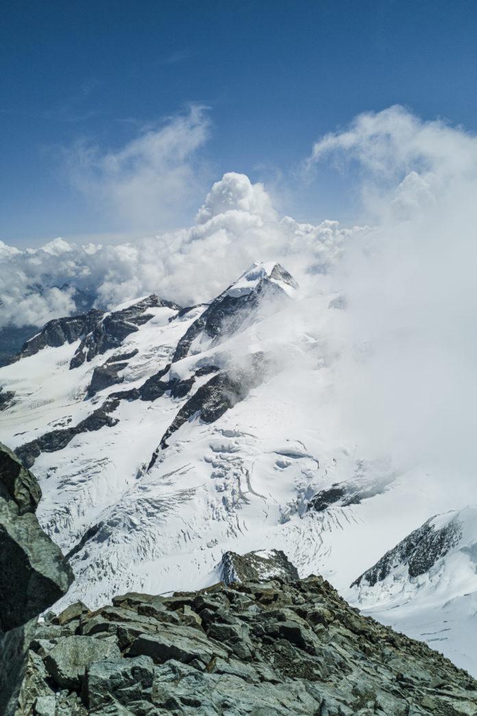 Aussicht vom Gipfel des Piz Bernina