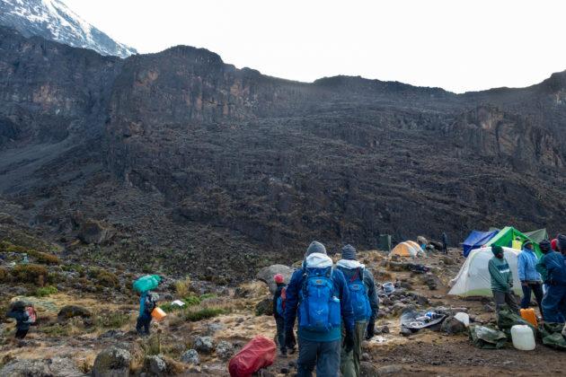 Aufbruch vom Baranco Camp