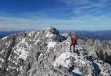 Bergsteiger am Gipfelgrat des Großen Priels