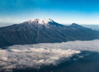 Der Kilimanjaro vom Flugzeug aus fotografiert