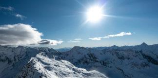 Panorama am Gipfel des Kreuzkogel im Winter