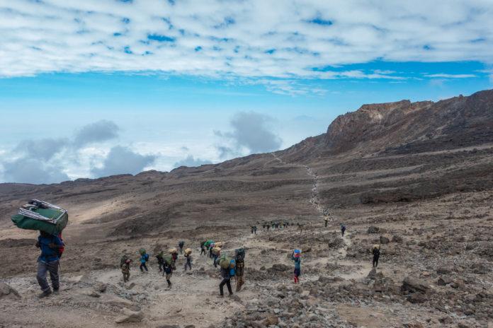 Der Weg ins Barafu Camp