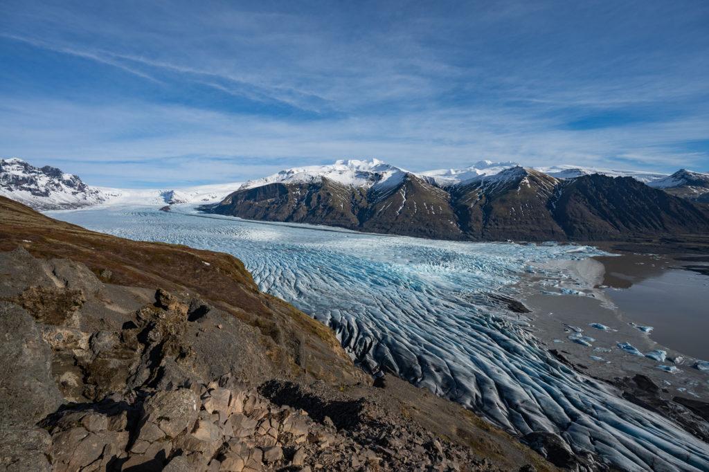 Blick auf den Gletscher vom Aussichtspunkt Sjónarnípa