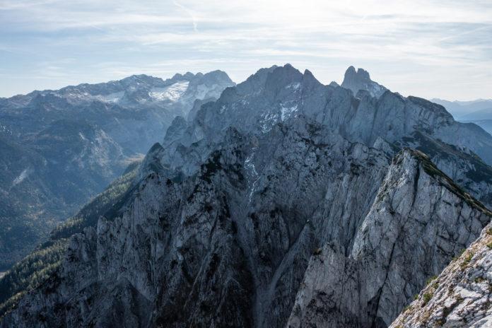 Toller Blick zum Dachstein mit Blick auf die beiden folgenden Gipfel