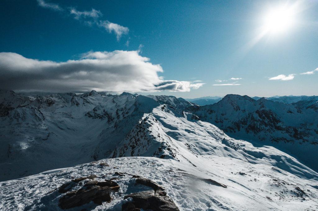 Gipfelpanorama am Kreuzkogel im Winter