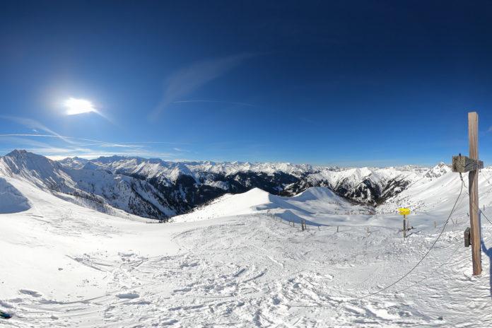 Im Winter am Gipfel des Kreuzecks