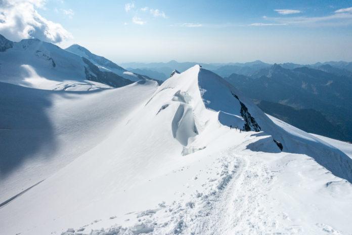 Der Gipfelgrat des Castors