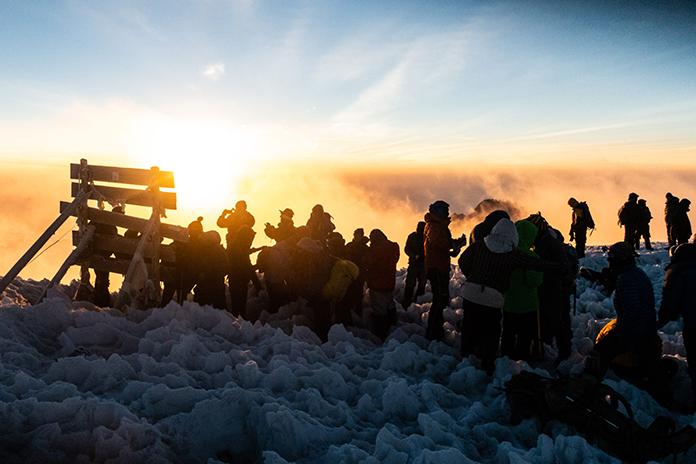 Sonnenaufgang am Gipfel des Kilimanjaro